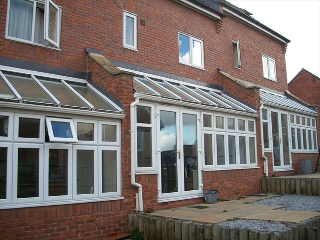 Room to rent in Leigh - Atherton:selection of rooms in new mews houses - Image 2