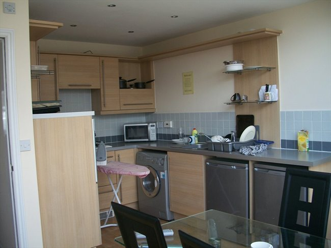 Room to rent in Leigh - Atherton:selection of rooms in new mews houses - Image 4
