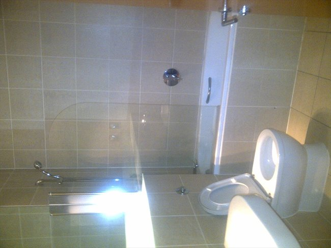 Room to rent in Liverpool - Double Room to rent in Luxury CityCentre Apartment - Image 2