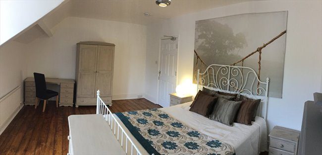 Room to rent in Heaton - Beautiful House share Jesmond - Image 1