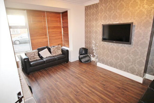 Room to rent in Headingley - SUPERB HOUSE SHARE CENTRAL HEADINGLEY BILLS INCLUDED - Image 3