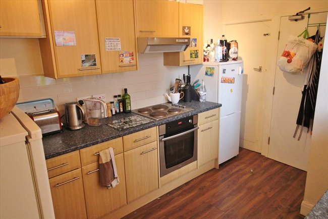 Room to rent in Headingley - SUPERB HOUSE SHARE CENTRAL HEADINGLEY BILLS INCLUDED - Image 5