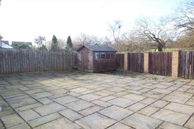 Room to rent in Croxteth - Professional houseshare Kirkby - close to AIntree hospital - Image 4