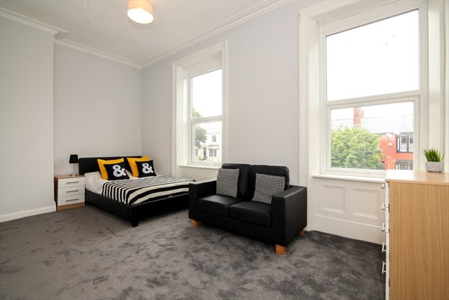 Room to rent in Fairfield - Double Ensuite Rooms - Newly Refurbished! - Image 3