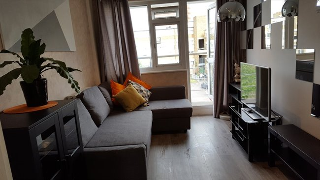 Room to rent in Mile End - Two Large Double rooms / 3 min to Mile End station  - Image 1