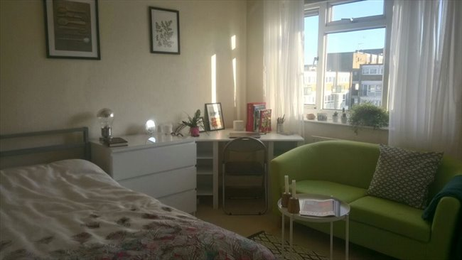 Room to rent in Mile End - Two Large Double rooms / 3 min to Mile End station  - Image 5