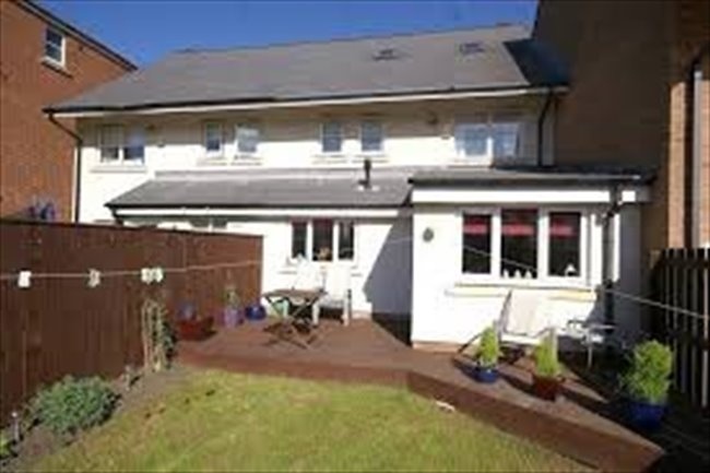Room to rent in Sunderland - Room to let in 4 bedroom house on Roker Marina - Image 2