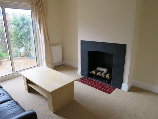 Room to rent in Stapleton - Lovely double room available immediately - Image 6
