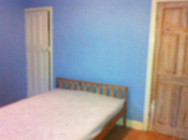 Room to rent in Stoke Aldermoor - Comfortable clean  modern room - Image 1