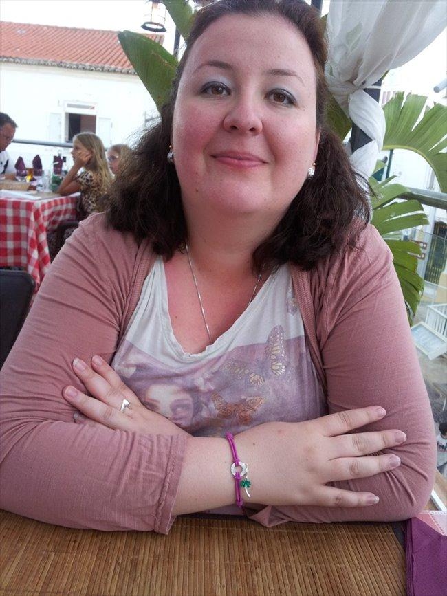 Cindy - Professional - Female - Milton Keynes - Image 2