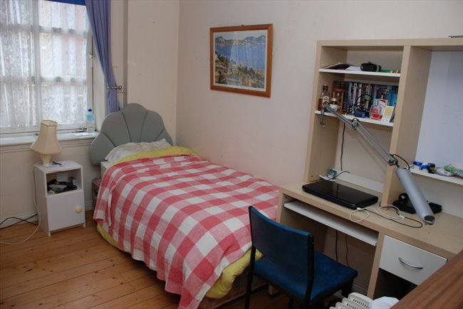 Flatshare - Edinburgh - Edinburgh  Single Room To Rent | EasyRoommate - Image 1