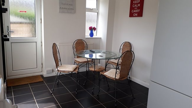 Flatshare - Northampton -  BRIGHT AND BEAUTIFUL DOUBLE ROOM  IN NN5 6BA | EasyRoommate - Image 6