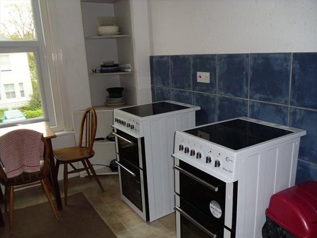 Rooms to rent - Folkestone - Image 1