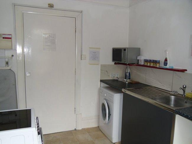 Rooms to rent - Folkestone - Image 2