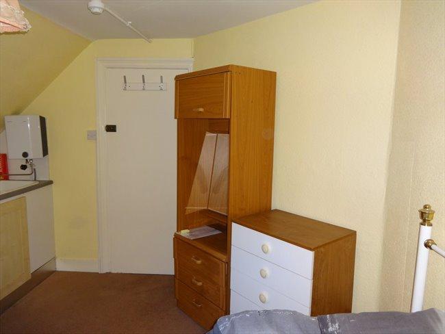 Rooms to rent - Folkestone - Image 7