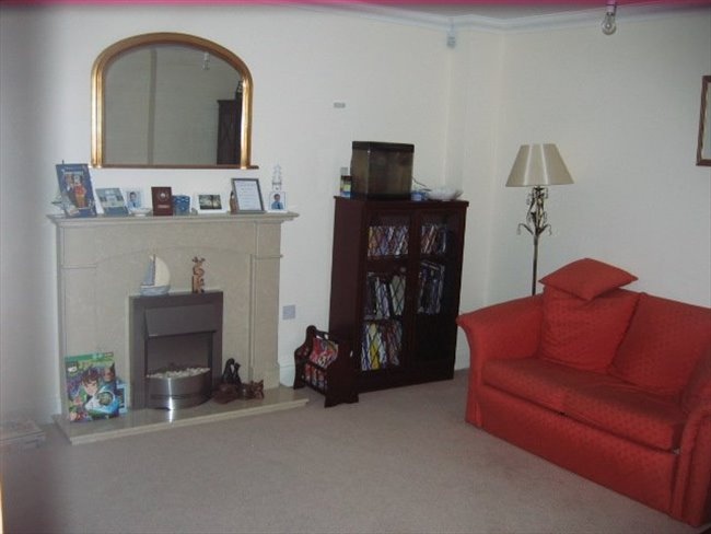 Flatshare - Great Yarmouth - Double room to rent with use of own bathroom | EasyRoommate - Image 2