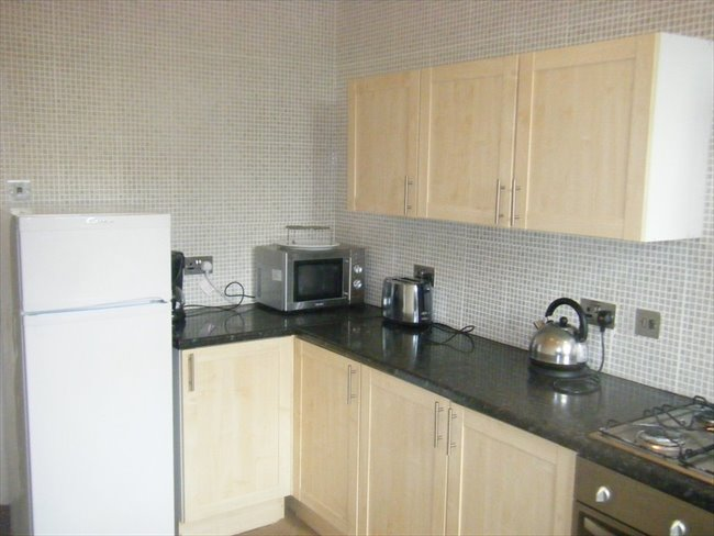 Bolton - Double room in Houseshare - Bolton - Image 3