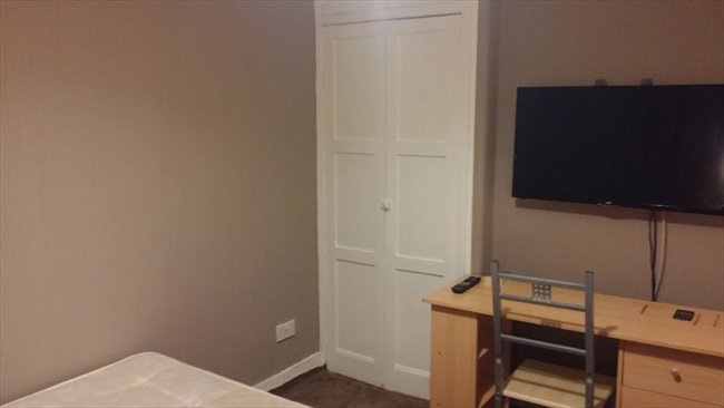 DOUBLE ROOM -to let in glasgow southside - Nitshill - Image 3