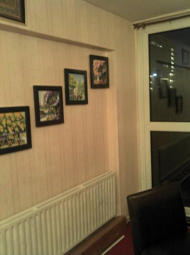 Flatshare - London - rent a large room in Hammersmith | EasyRoommate - Image 5