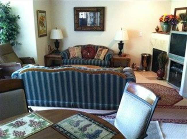 Room for rent in Thousand Oaks - Share a Beautiful, New, 4-Bdr. Townhome - Image 5