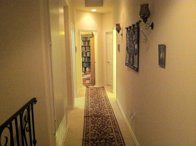 Room for rent in Thousand Oaks - Share a Beautiful, New, 4-Bdr. Townhome - Image 7
