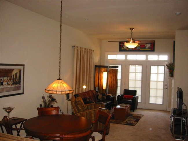 Room for rent in Roswell - Furnished Luxury Condo w/ Garage - Image 1