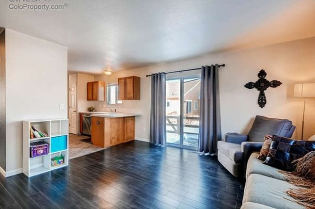 Room for rent in Fort Collins - Great House with Room Available - Image 8