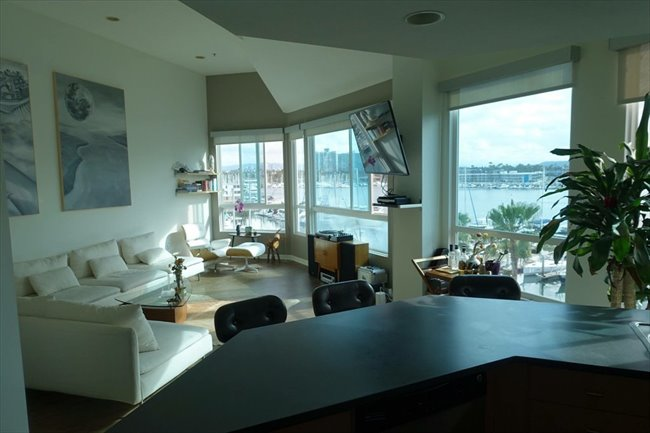 Roomshare - Marina del Rey - Master BR in luxury 4 story penthouse | EasyRoommate - Image 1
