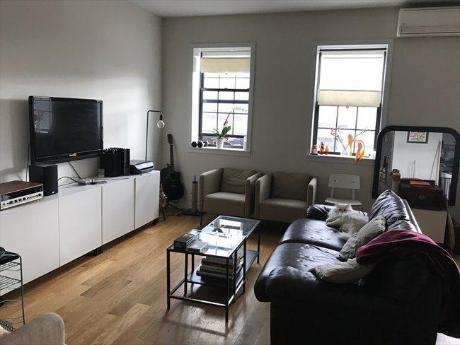 Roomshare - Williamsburg - Large bedroom in duplex, Prime Williamsburg /private entrance  | EasyRoommate - Image 3
