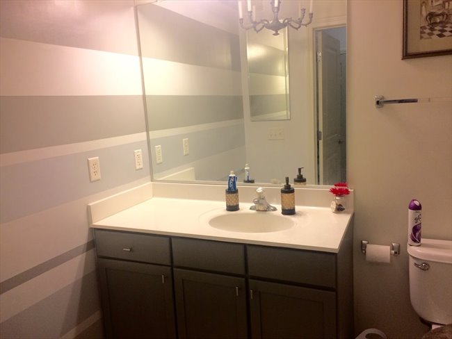Room For Rent In Navy Yard Furnished Bedroom With