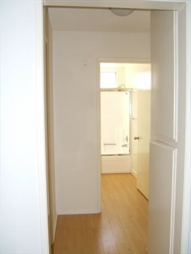 Roomshare - Castle Heights - Available room for rent in a 2/2 in Culver City  | EasyRoommate - Image 7