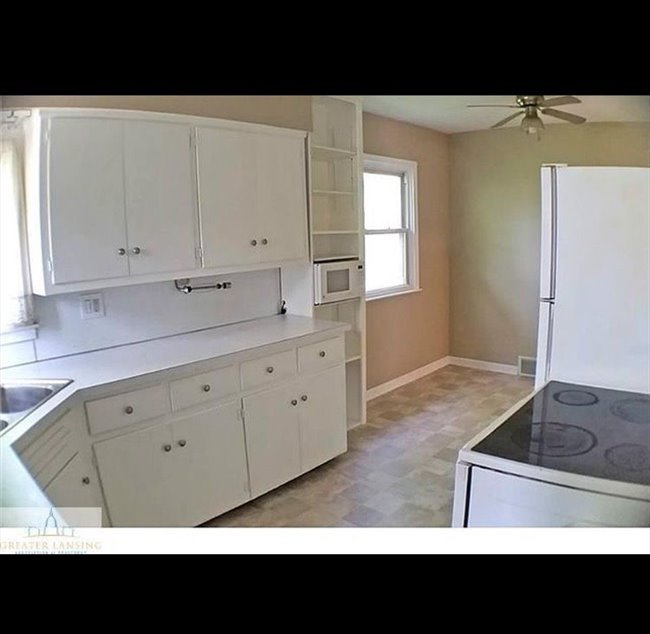 Room for rent in Lansing - Room for Rent  - Image 4