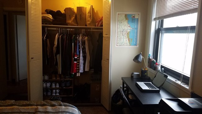 Room for rent in Boystown - Room for rent in 2 bedroom 15th floor apartment - Image 3
