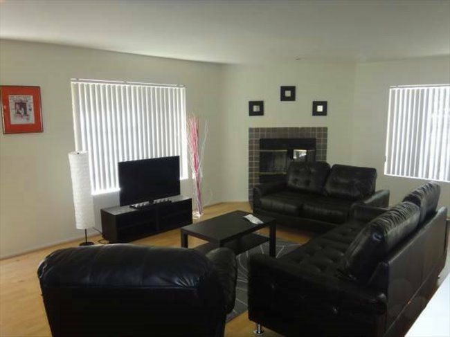 Room For Rent In Mid City Furnished Shared Master Bedroom In A Great Santa Monica Location