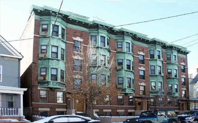 Room for rent in Jersey City - 1 bhk apartment next to ...