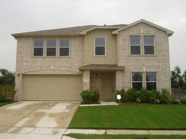 one room for rent in a nice house in frisco Texas - Other North Dallas, North Dallas - Image 1