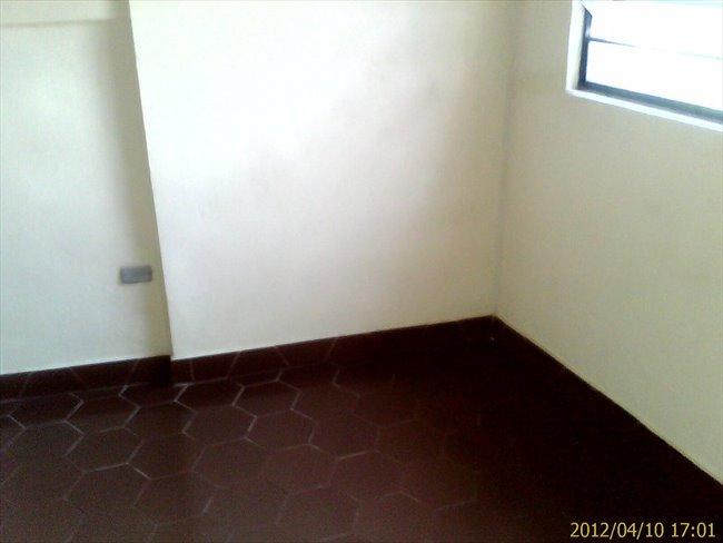 Habitacion en alquiler en Caracas -  HABITACION CON ENTRADA INDEPENDIENTE Y BAÑO 18 MT | CompartoApto - Image 2