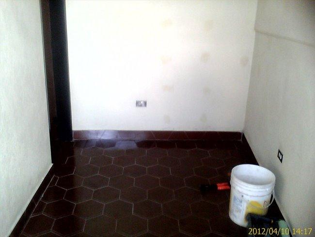 Habitacion en alquiler en Caracas -  HABITACION CON ENTRADA INDEPENDIENTE Y BAÑO 18 MT | CompartoApto - Image 7