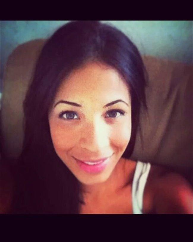 Yurianny - Profesional - Mujer - Caracas - Image 1