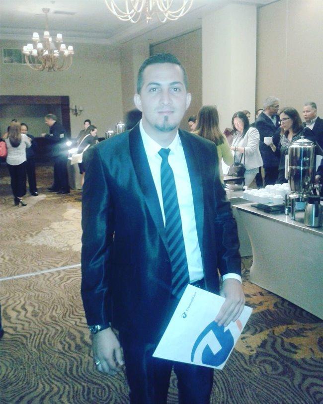 Elvis Ramos  - Profesional - Hombre - Caracas - Image 1