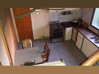 Habitacion amueblada individual o compartida