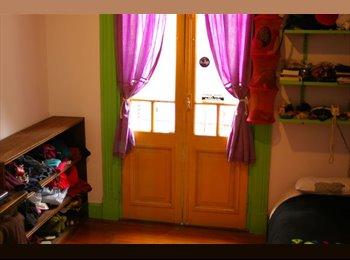 CompartoDepto AR - alquilo habitacion hermosa con balcon - Boca, Capital Federal - AR$ 2.700 por mes