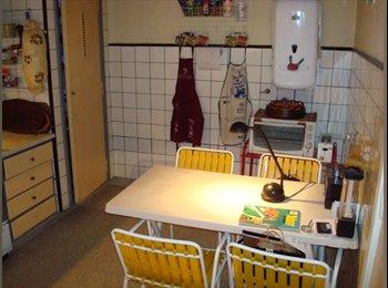 CompartoDepto AR - habitación amueblada próx Cabildo/Gral.Paz - Vicente López, Gran Buenos Aires Zona Norte - AR$ 4.800 por mes