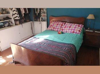 CompartoDepto AR - Habitación en hermoso PH en Almagro, casi cayéndose , Buenos Aires - AR$ 7.000 por mes