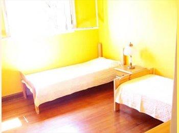 Habitacion compartida para 2 personas o una.