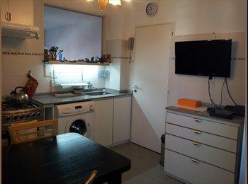 CompartoDepto AR - Ofrezco habitaciones en Villa Crespo - Villa Crespo, Capital Federal - AR$ 4.000 por mes
