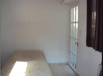 Alquilo habitacion con baño privado. Independiente