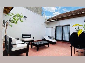 CompartoDepto AR - Linda habitacion en hermosa Mansion - Lomas de Zamora, Gran Buenos Aires Zona Sur - AR$ 3.500 por mes