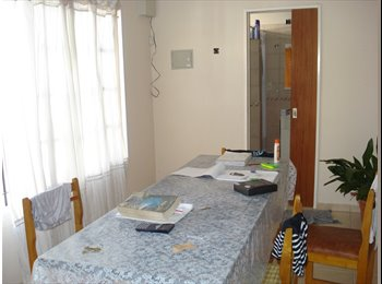 alquilo habitacion estudiantes universitarios en la plata