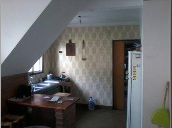 habitación disponible en casa de florida este